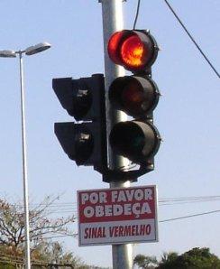 """Em Itajaí, vai ficar só no """"por favor"""" mesmo..."""